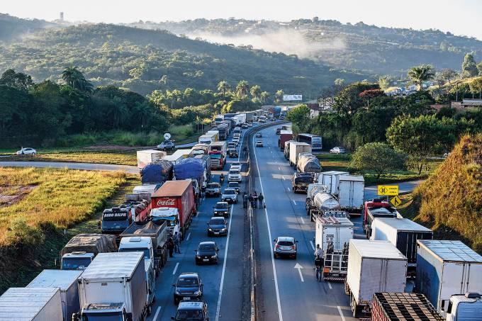 Greve dos Caminhoneiros 2021 – Paralisação Agressiva em todo o País!
